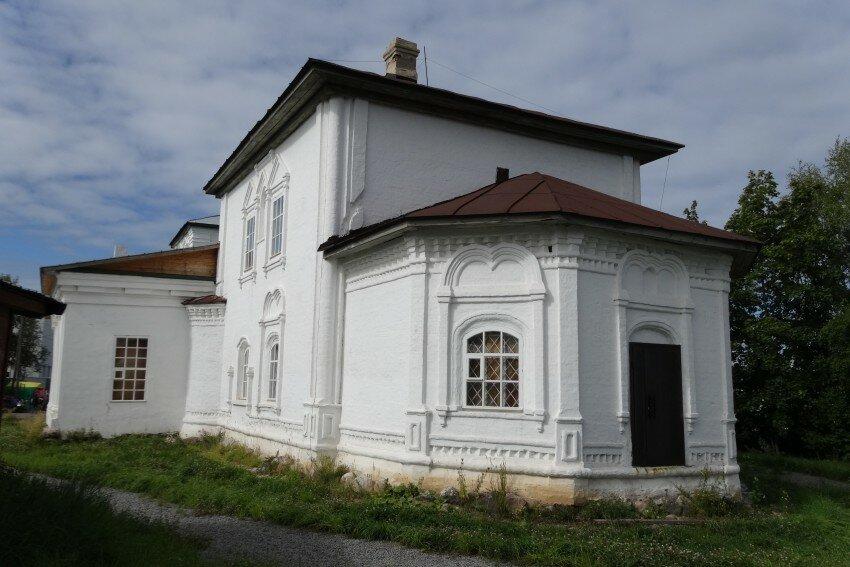 Церковь Петра и Павла (Белозерск)