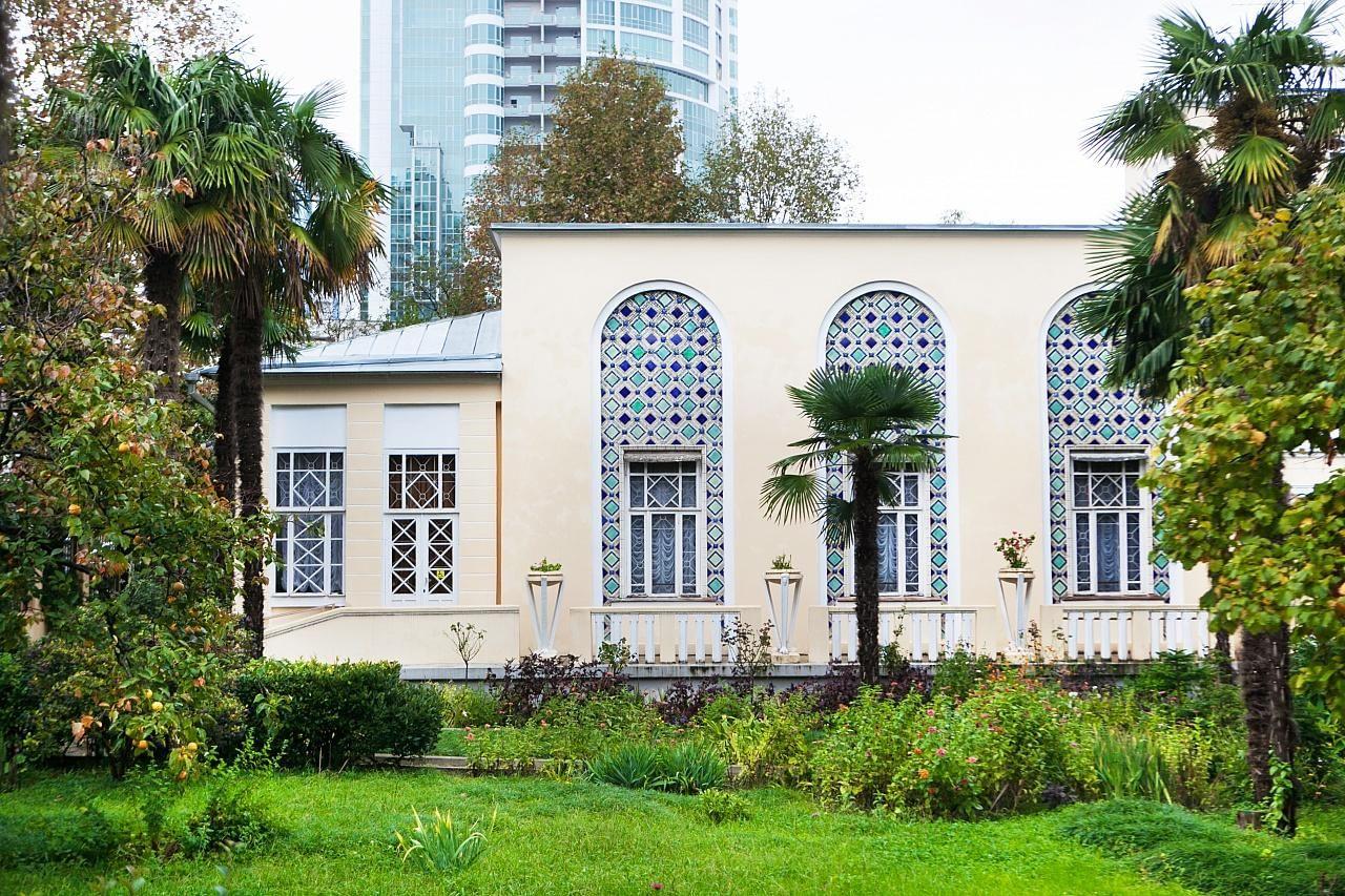 Дом-музей «Дача В. В. Барсовой» (Сочи)
