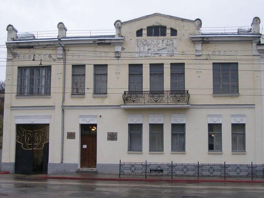 Историко-археологический музей (Керчь)