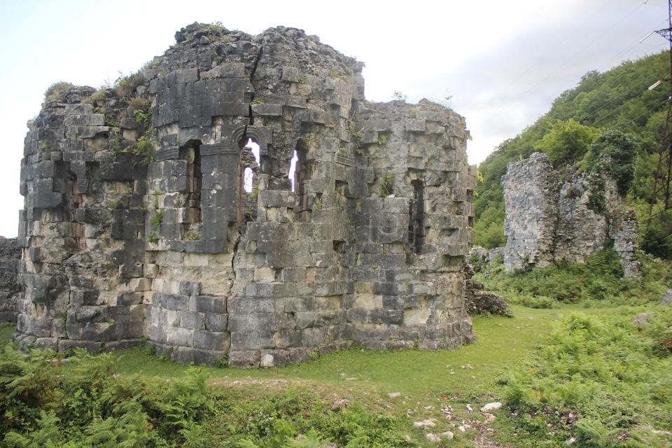 Крепость Абахуаца (Абахваца) (Гудаута)