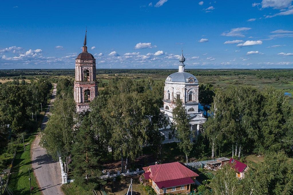 Богоявленская церковь в селе Худынское (Лух)