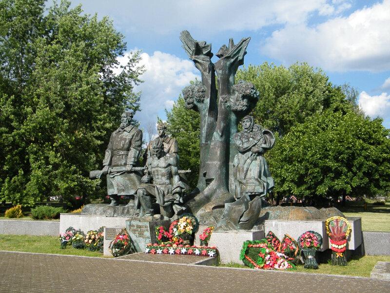 Мемориальный комплекс «Партизанам Полесья» (Пинск)