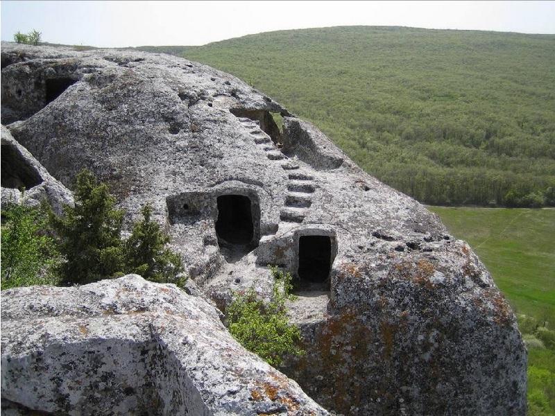 Пещерный город Кыз-Кермен (Бахчисарай)