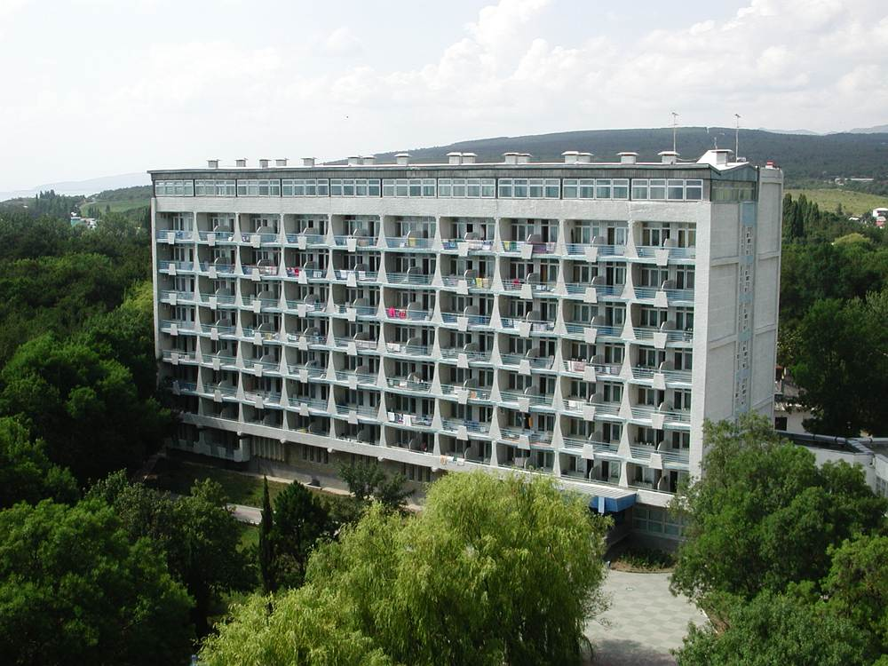 Военный санаторий «Дивноморское» (Дивноморское)