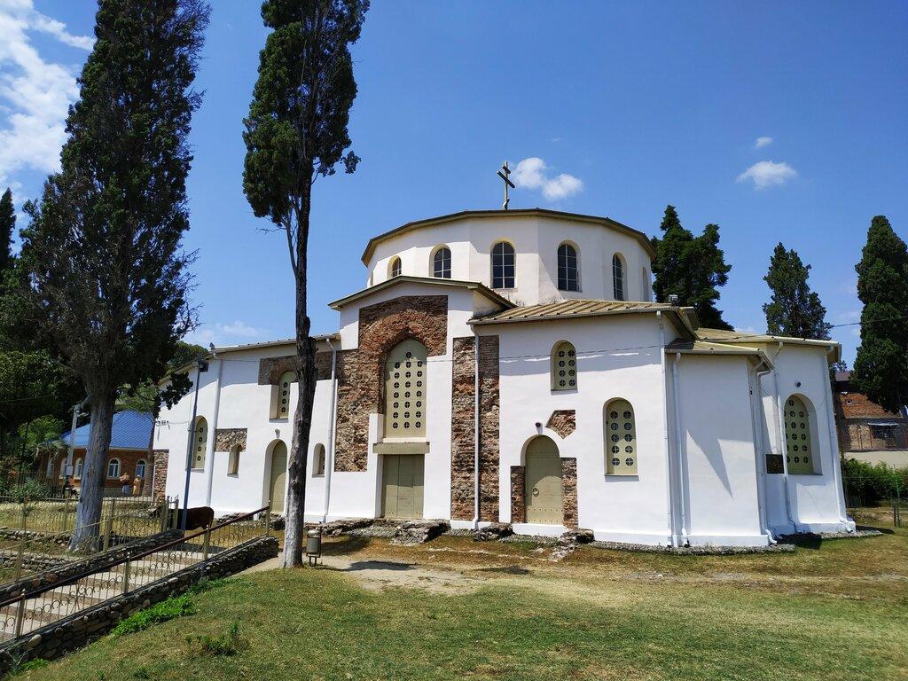Драндская церковь Успения (Абхазия)