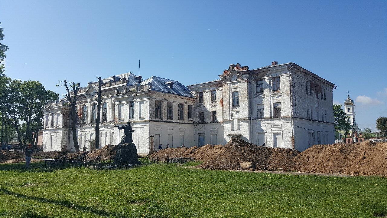 Здание мужской гимназии (Мстиславль)