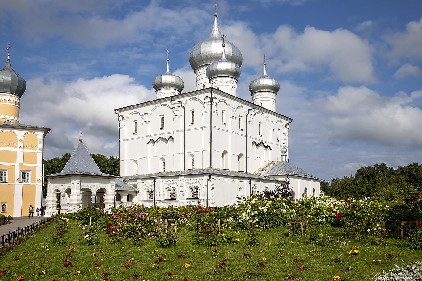 Варлаамо-Хутынский Спасо-Преображенский женский монастырь (Новгородская область)