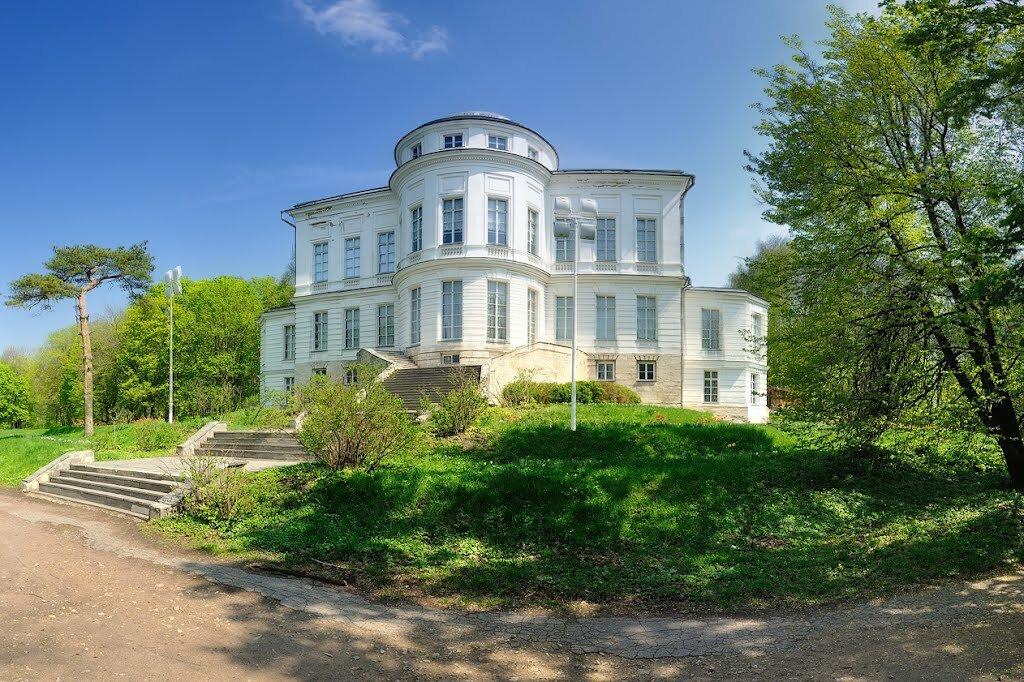 Историко-мемориальный музейный комплекс «Бобрики» (Богородицк)