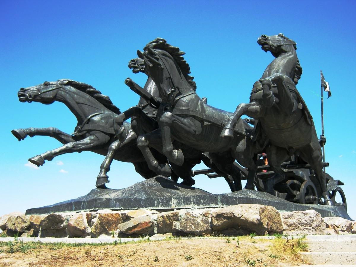 Памятник «Тачанка-Ростовчанка» (Ростов-на-Дону)