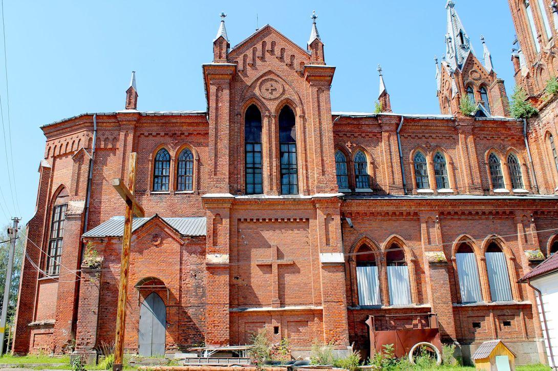 Католический храм Непорочного Зачатия Пресвятой Девы Марии (Смоленск)