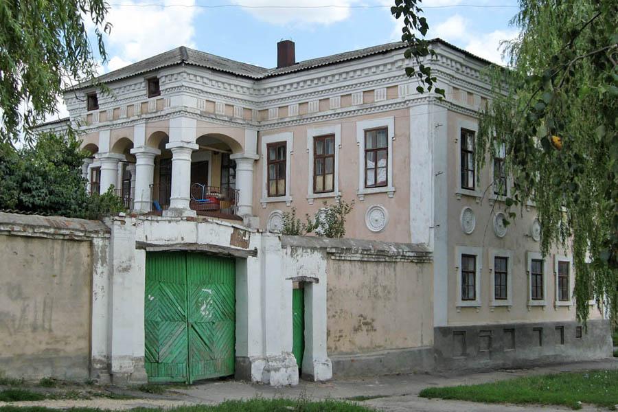 Дом купца Шелихова (руины) (Рыльск)