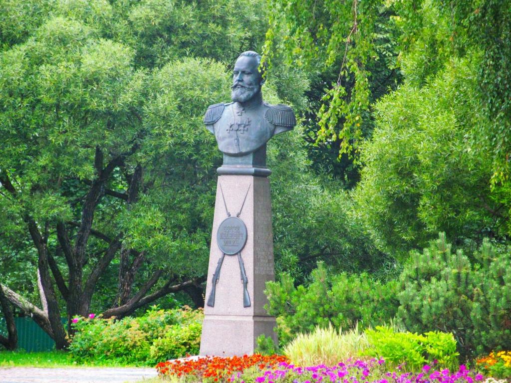 Памятник С. И. Мосину (Сестрорецк)
