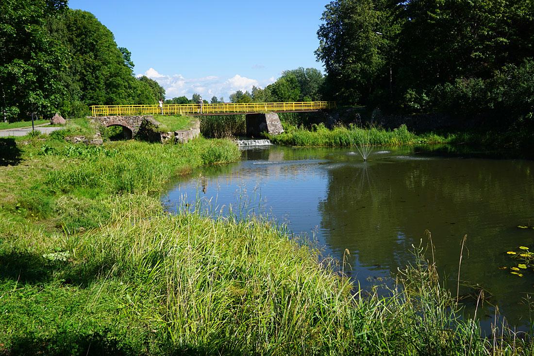 Мост поцелуев (Гдов)