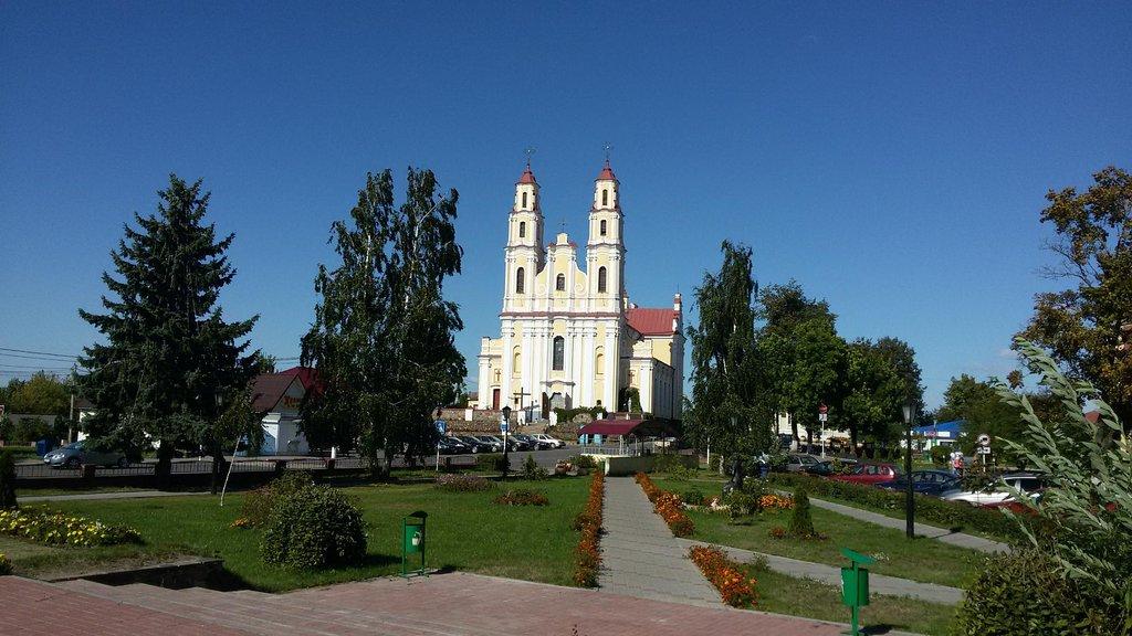 Костёл Святой Троицы (Глубокое)