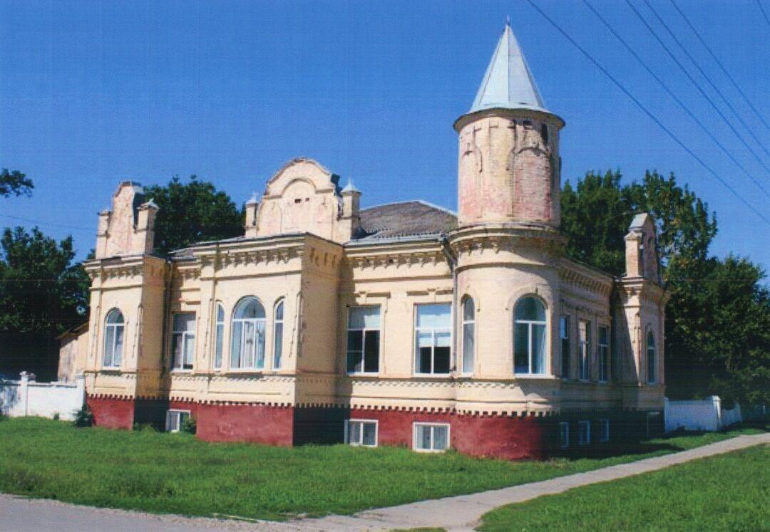 Дом жилой атамана Бобрышева (Лабинск)