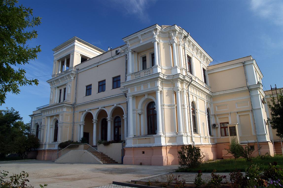 Усадьба Попова (Черноморское)