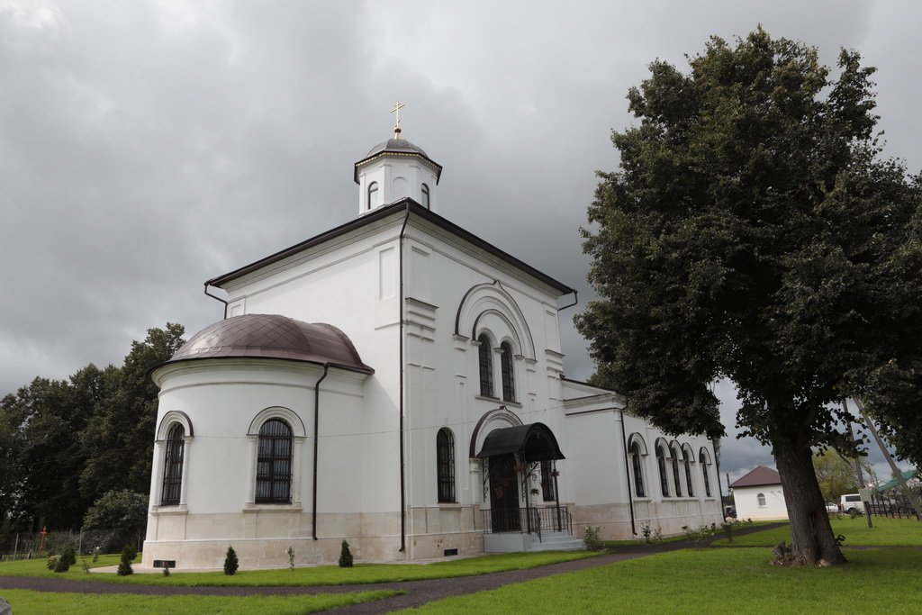 Церковь Покрова Пресвятой Богородицы (Нововасильевское) (Лотошино)