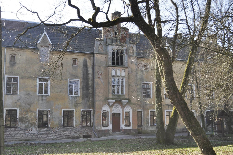 Замок Вальдау (Калининградская область)