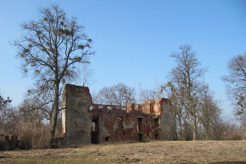 Руины замка Гердауэн (Железнодорожный)