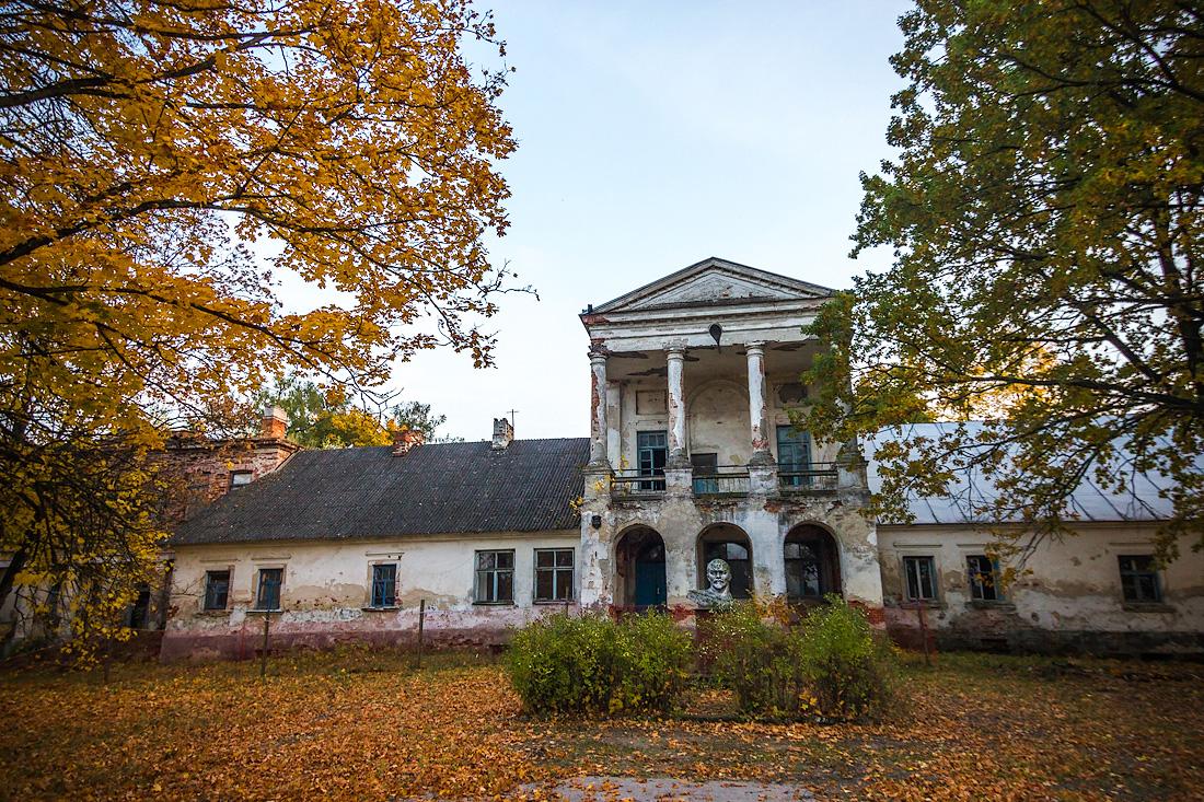 Руины усадьбы Дзеконских «Чахец» (Пружаны)
