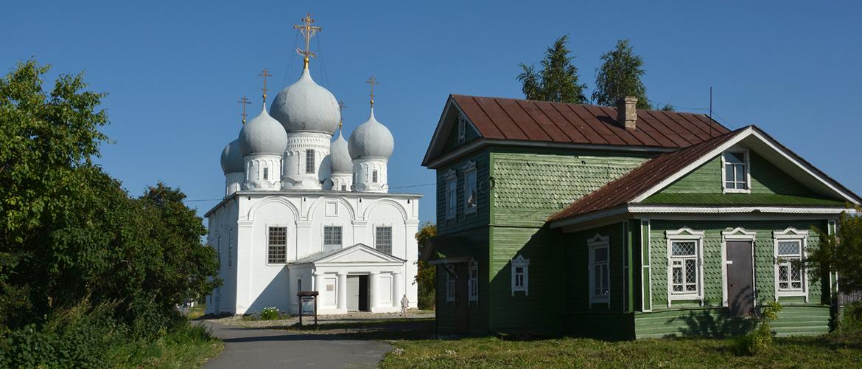 Спасо-Преображенский собор (Белозерск)