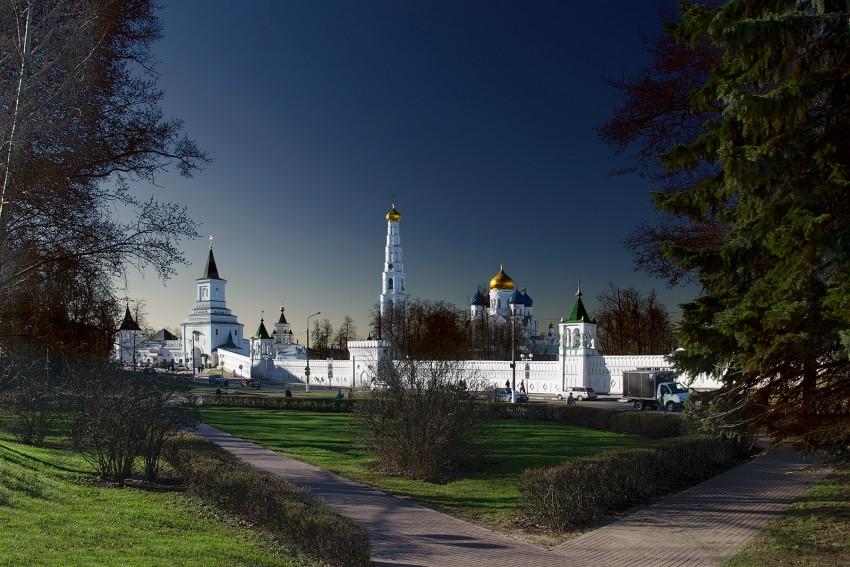 Николо-Угрешский монастырь (Московская область)