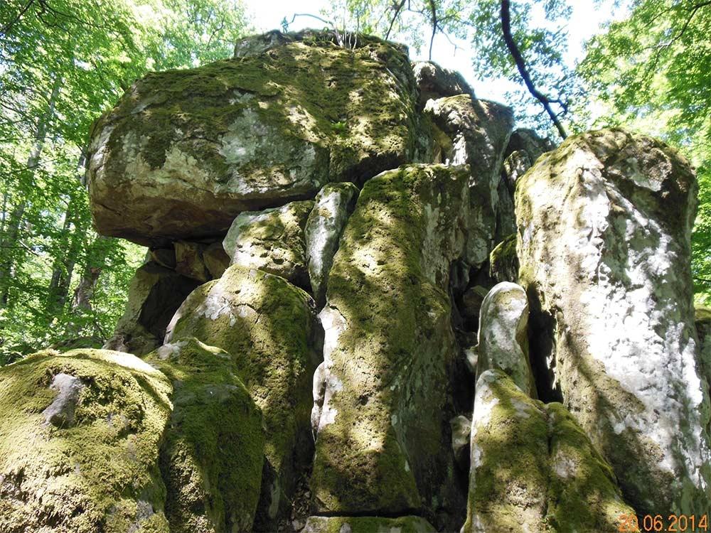 Скалы «Монастыри» («Краснодарские столбы») (Краснодарский край)