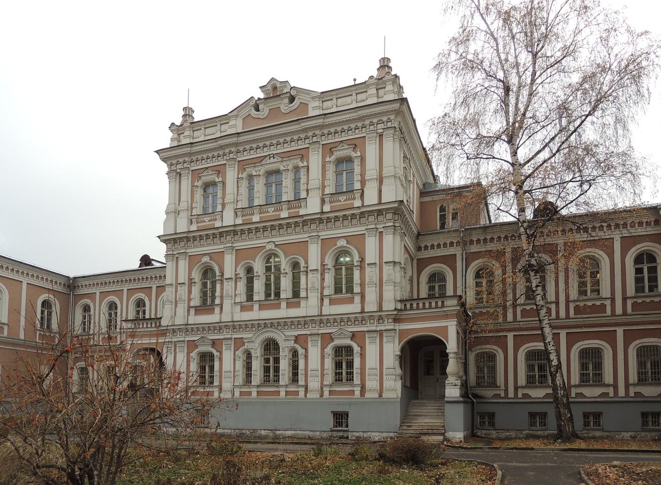 Елизаветинский дворец (ГосНИИР) (Москва)