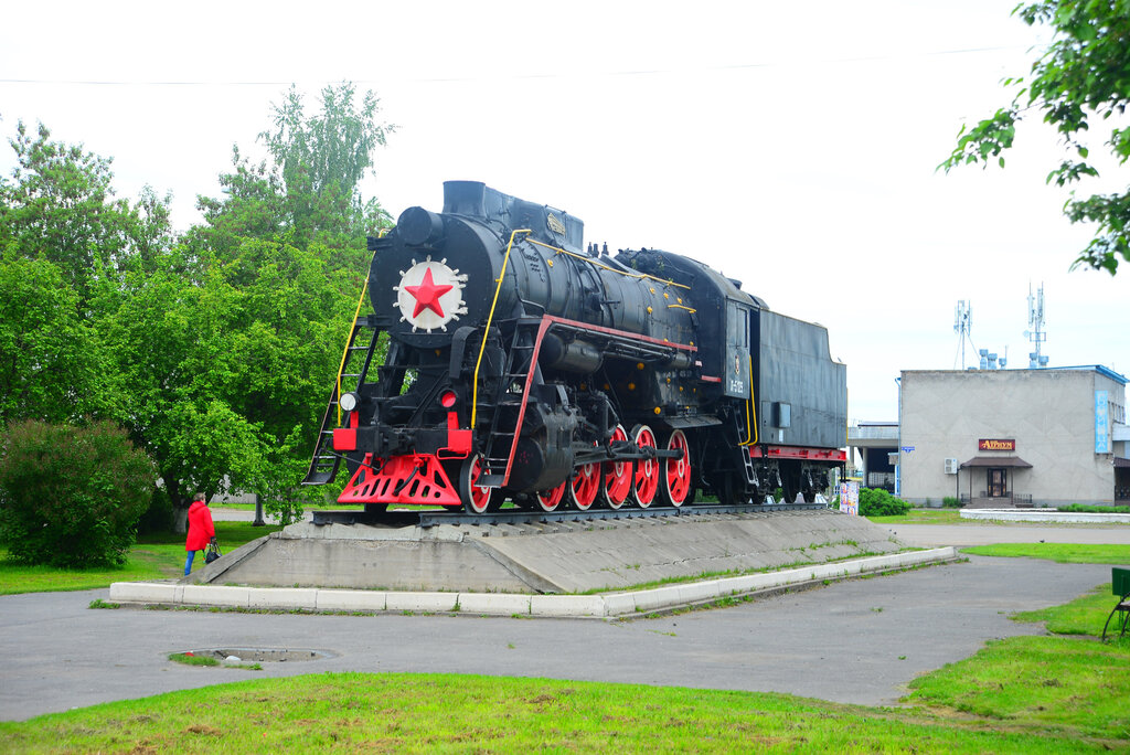 Паровоз-памятник Л-5129 (Котлас)