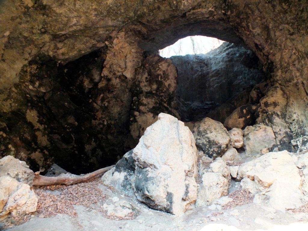 Пещера Сквозная (Каменномостский)