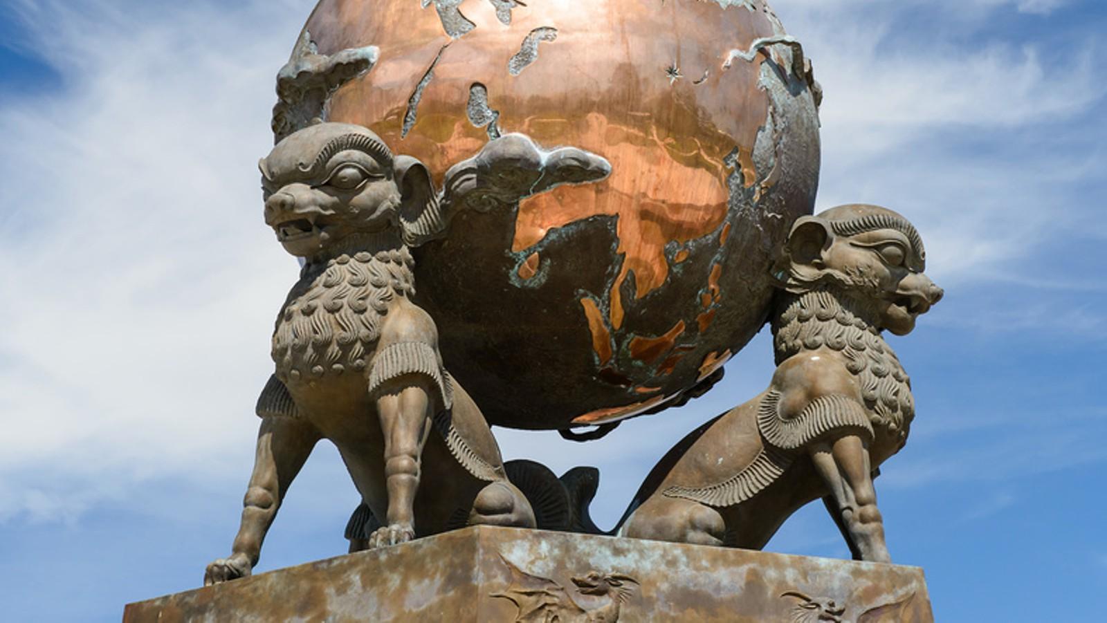 Обелиск «Центр Азии» (Кызыл)