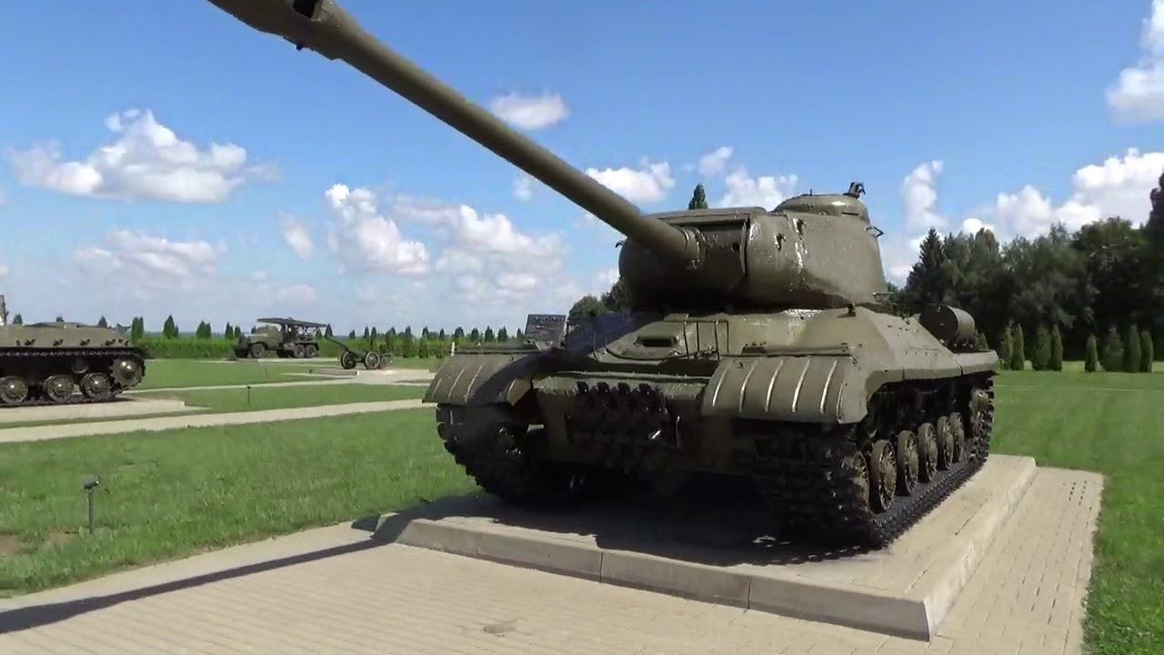 Памятник советским танкистам на высоте 252,2 (Прохоровка)