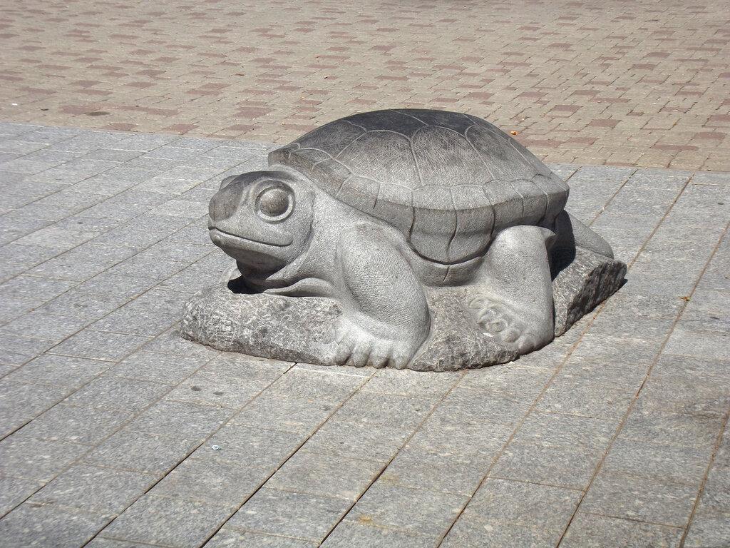 Скульптура «Черепаха» (Даугавпилс)