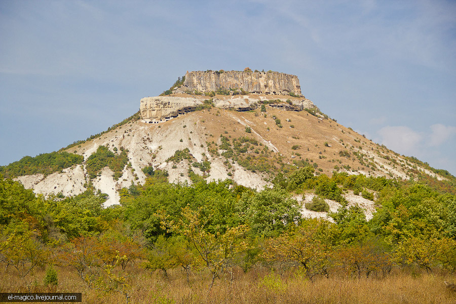 Пещерный город Тепе-Кермен (Бахчисарай)