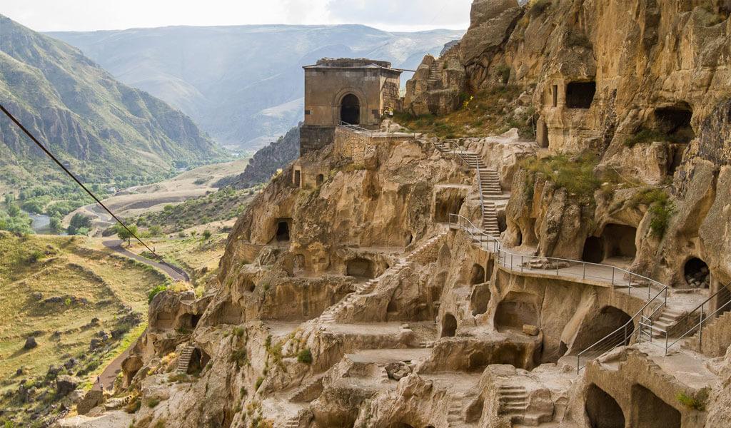 Пещерный монастырь Вардзиа (Грузия)
