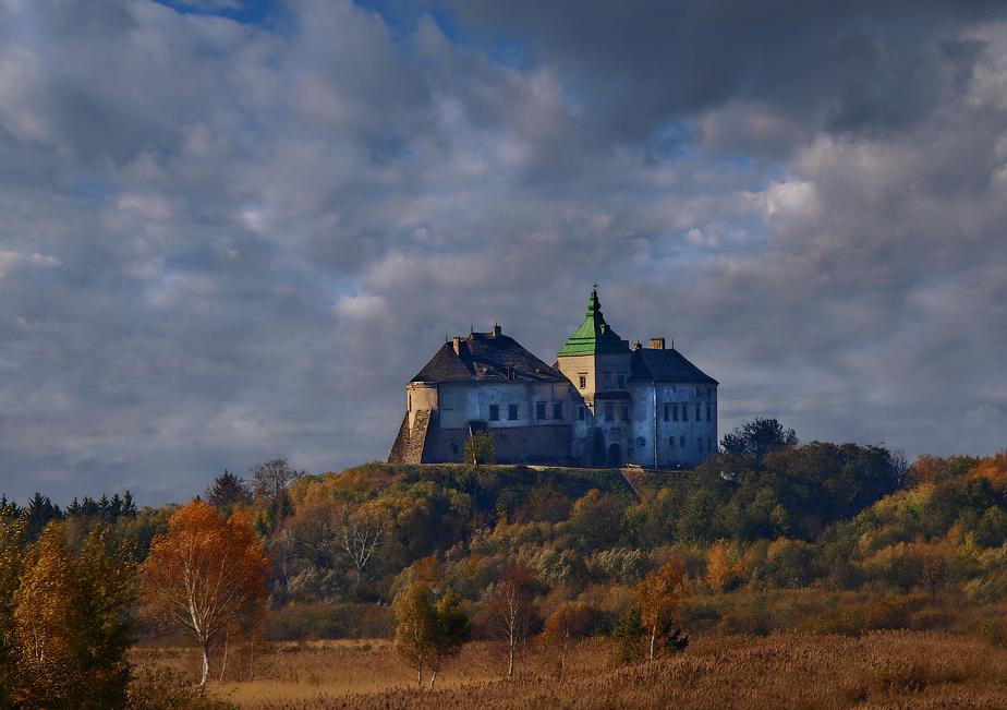 Олесский замок (Львовская область)