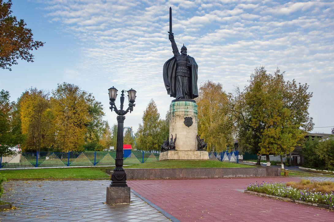 Памятник Илье Муромцу (Муром)