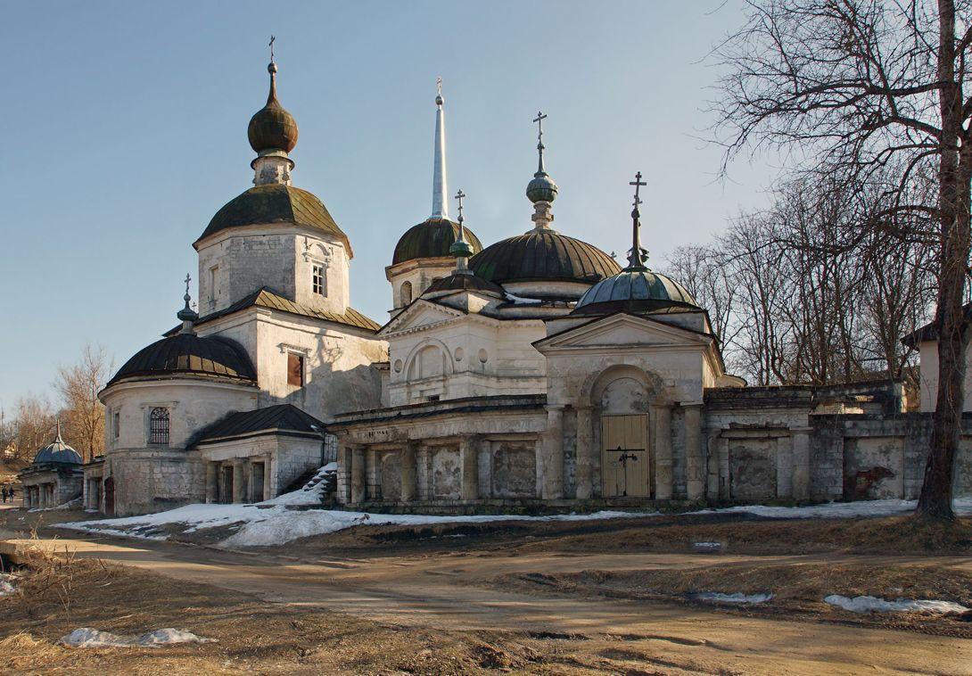 Церковь Рождества Пресвятой Богородицы (Старица)