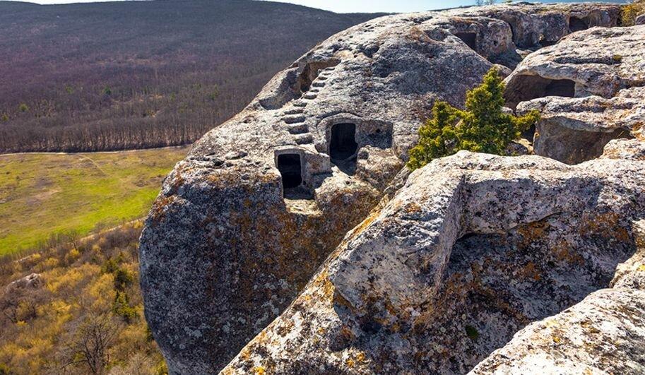 Пещерный город Эски-Кермен (Бахчисарай)