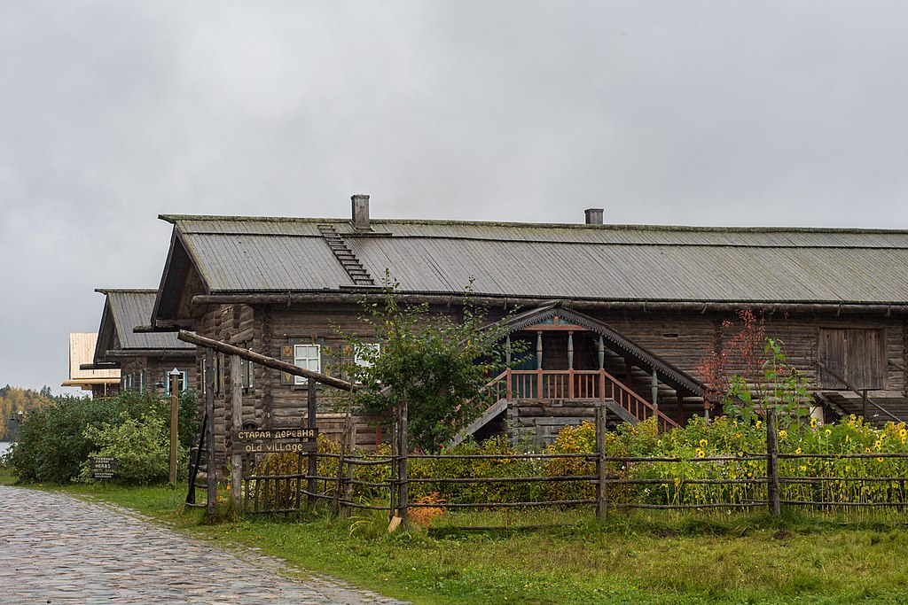 Туристическая деревня Верхние Мандроги (Подпорожье)